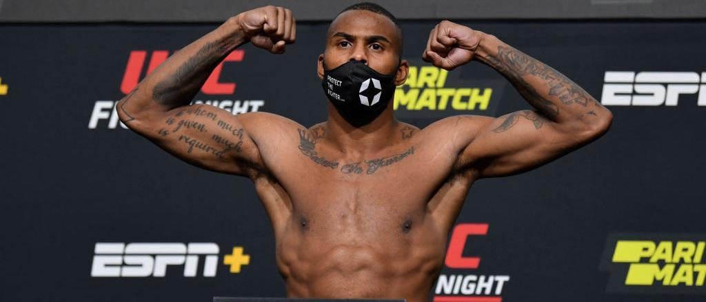 Ufc Fight Night Odds Picks Predictions Thompson Vs Neal Picks Oddschecker